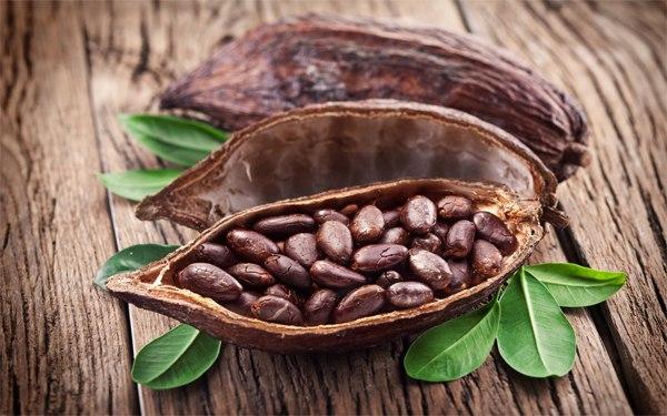 Мировые цены на какао-бобы упали до четырехлетних минимумов