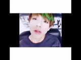 sweet/hot bts - taehyung looked so good in this v app broadcast