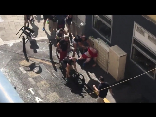 Hooligans fighting England vs Russia 11_06_2016
