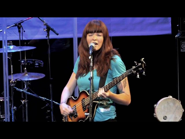 Vivian Girls - The End (Live on KEXP)