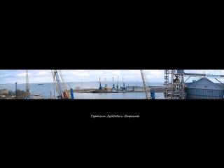 Суда грузовой паромной линии порт Кавказ - Керчь ходят бегом вдоль и поперёк Керченского пролива :) 06.12.2016.