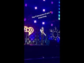 Hailee Steinfeld — Starving (Live @Jingle Ball; 29 ноября 2016)