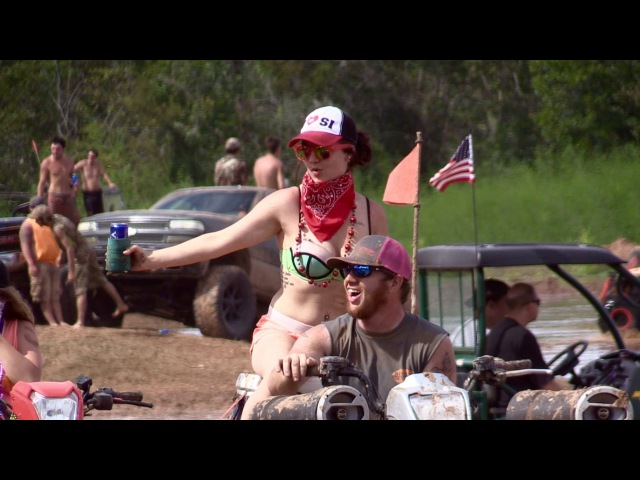Stuck in Mud - Louisiana Mudfest
