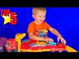 Машинки ТОП-5 Видео про Машинки для детей с Даником Носики Курносики - Треки Паркинги Грузовички