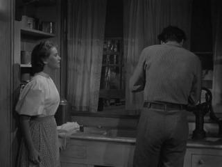 ◄Pursued(1947)Преследуемый*реж.Рауль Уолш