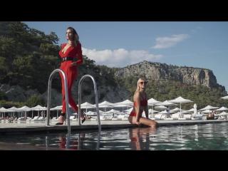 Королевский отдых с Maxx Royal (Ирина Шейк)
