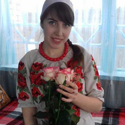 Надя Назарова