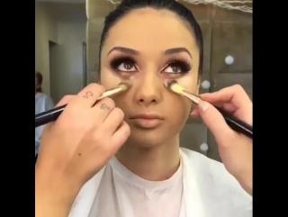 Эффектный макияж. Урок макияжа