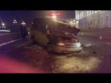 В аварии на Дворцовой набережной пострадал полицейский-водитель