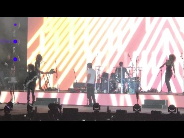 Escape / Tonight I'm Loving You - Enrique Iglesias LIVE in Dubai Jazz Festival 2017