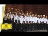 Vienna Boys Choir - Merry Christmas From Vienna - Rolando Villaz