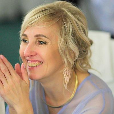 Елена Умярова