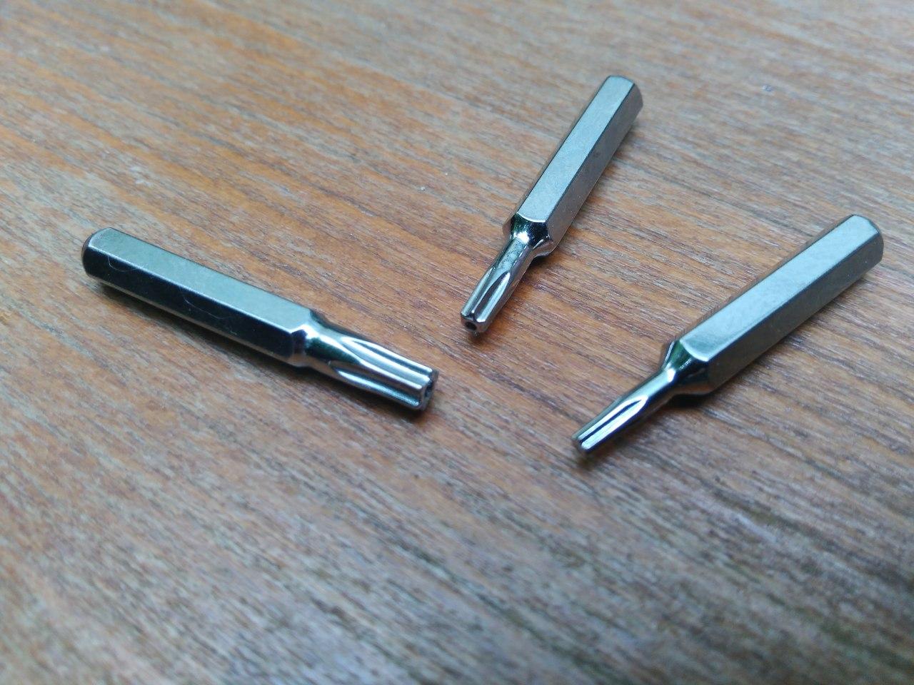 DD4: Сравнительный обзор двух наборов отверток с битами - 79/1 и 45/1