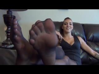 Ножки в колготках [foot fetish, femdom, feet, nylon, фут фетиш]
