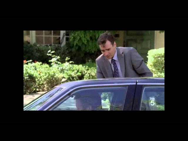 House, M.D. Season 7 Finale (House driving his car into Cuddys house) (PT-BR).wmv