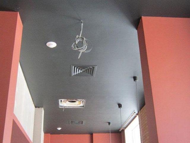 Вентиляция спрятана под потолком