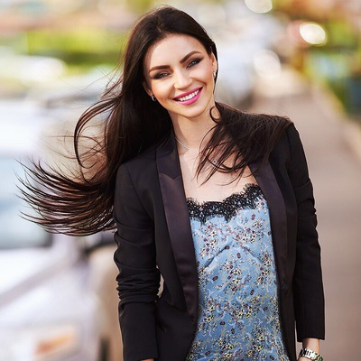 Елена Мануйлова