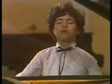 Evgeny Kissin plays Rachmaninoff Etude-tableau op. 39 no. 5 - video 1986