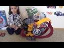 Видео для детей Халк против Железного человека. Мстители (трек и 2 автомобиля)