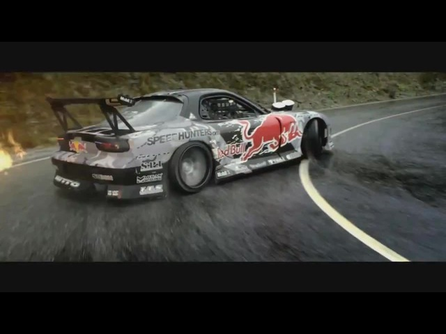 Mad Mike Drifting in Mazda RX7