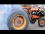 Трактор сошел с ума