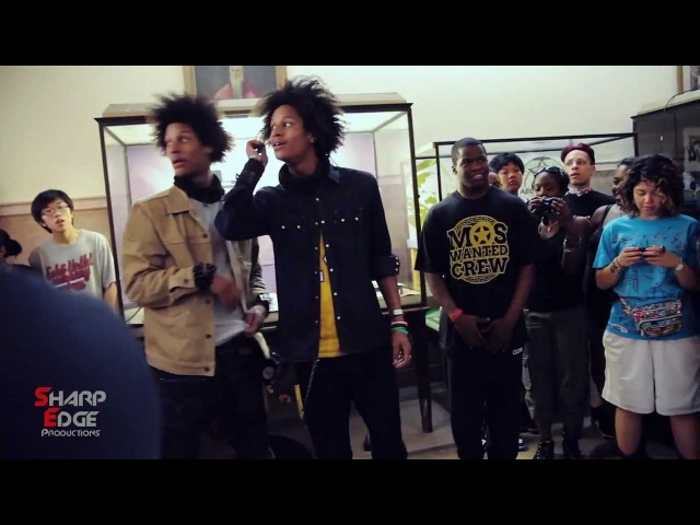 Les Twins Dance Battle Circle - World Of Dance New York 2011 pt.2 Sharp edge