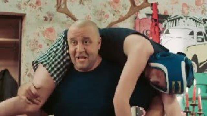 Боксер застукал жену с любовником — На троих — 43 серия