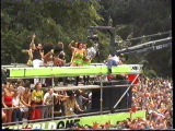Love Parade 2000 (Live from Russian Truck) 12