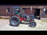 Gerrit Flikweert showt brullend monster tijdens Classic Motorraces in Wemeldinge