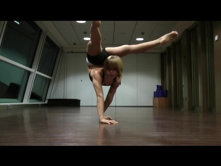 Haley viloria contortion technical demo (владение телом)