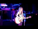 Avril Lavine Nobody's Home (Live)