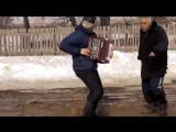 Веселая песня про доярку!  Деревенские мотивы!  Клип о русской бабе! Деревня рулит! Классные танцы