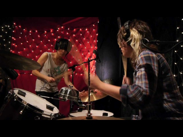 Thao Mirah - Little Cup (Live on KEXP) '11