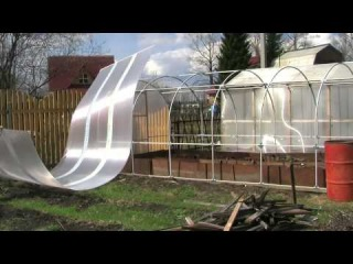 Видео ролик сборки теплицы из поликарбоната