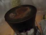 Самая дешёвая печь работает 10 часов на одной закладке сырых еловых дров.