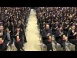 275 японок и японцев играют оду К радости Бетховена на терменвоксах в форме матрешки
