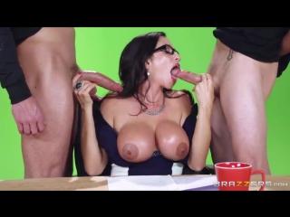 Выебали в прямом эфире порно видео фото 201-296