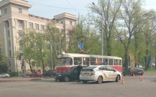 В центре Харькова трамваи пошли на таран (ФОТО)