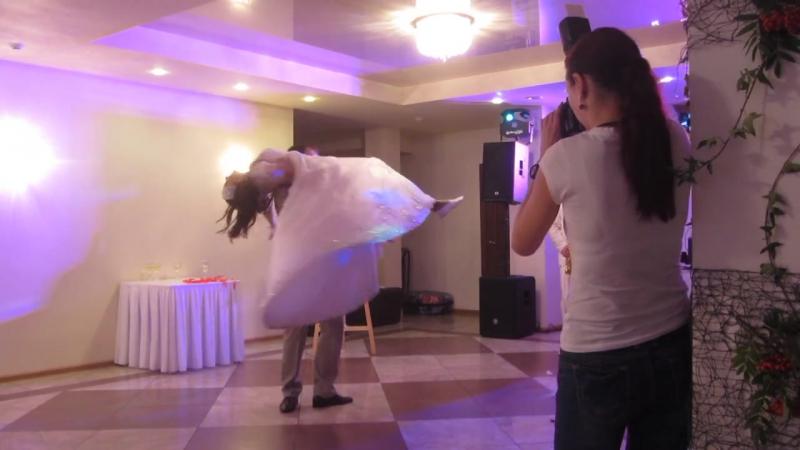 Романтичный свадебный танец Василины и Александра!