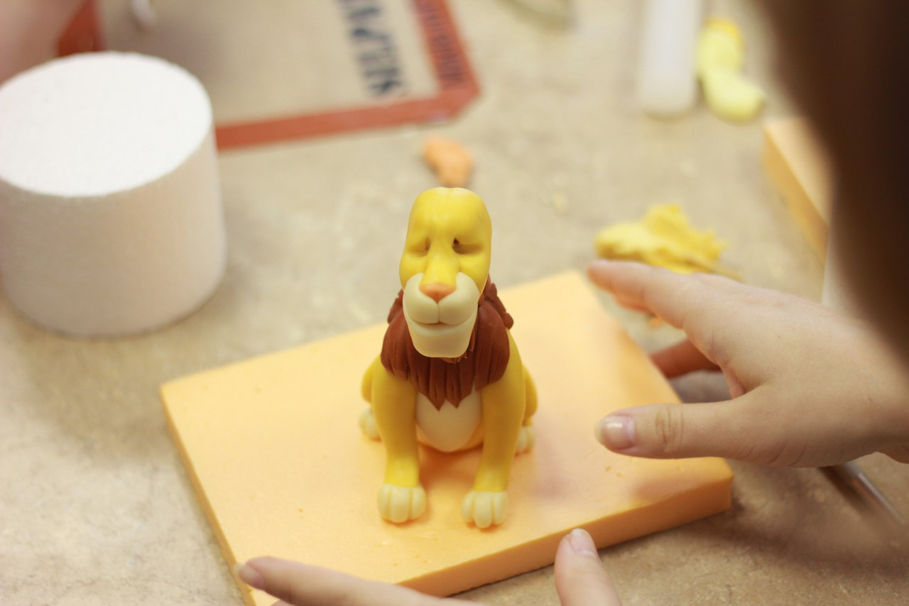 Лепка льва