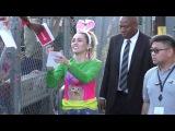 Miley Cyrus greets smilers