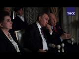 Путин вместе с космонавтами посмотрел фильм