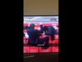 Антонио Конте празднует мяч Гари Кэхилла