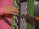 Группа `Губы` - Песня про Шварценеггера фрагмент из ТНТ Комеди Клаб 5 сезона смотреть онлайн видео, бесплатно!