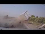 Мистика видео Смерть на дороге жесть!