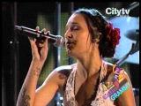 LATINOAMERICA - Calle 13 - Orquesta Sinfonica de la Republica Bolivariana de Venezuela