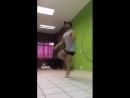 танцует как телка