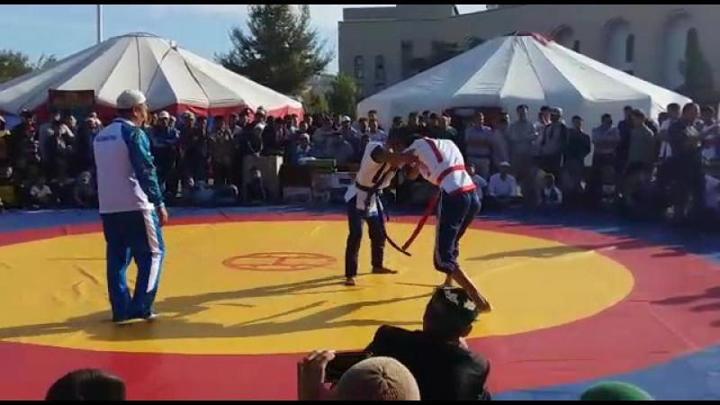 Kazakwa kures Aktau(60kg)