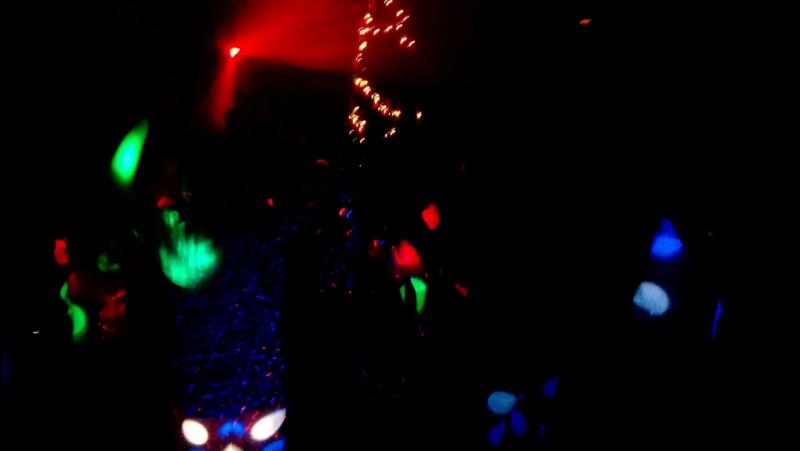 Школьная дискотека в Университетском лицее. 7 классы. Девчонки мальчишки отожгли по полной Молодцы!!