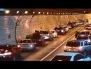 Действия южнокорейских водителей после аварии в тоннеле